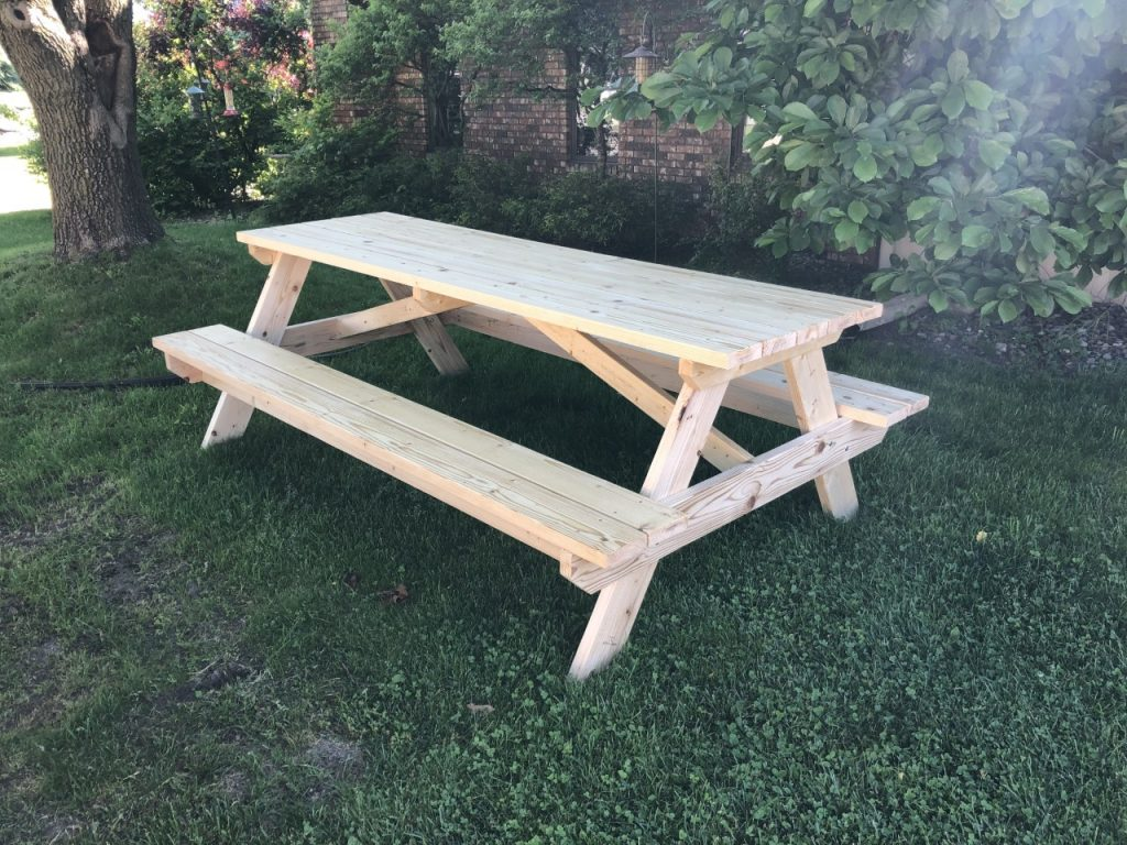 8 ft picnic table